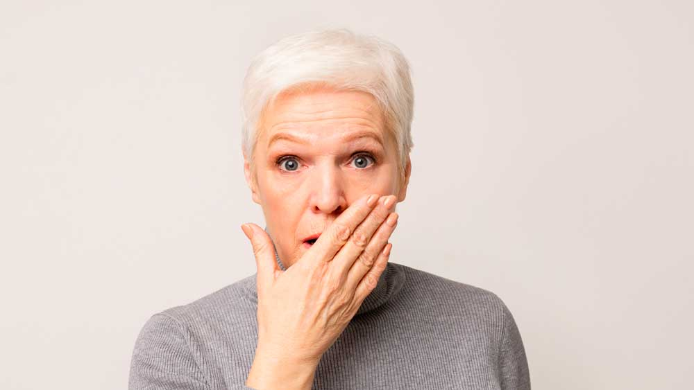 perimplantite-impianto-dentale-dolorante