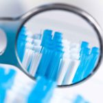 Pulizia protesi dentale fissa: tutti i nostri consigli